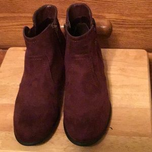 Women's UNISA Burgundy sueded ankle boots
